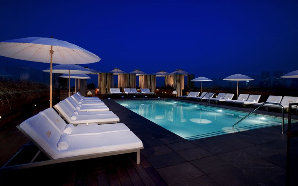 TheDuaneWells.com-Rooftop pool at The Thompson