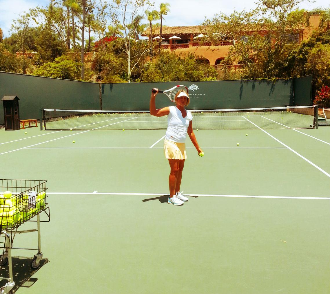 Tennis-Pro-Robin-White