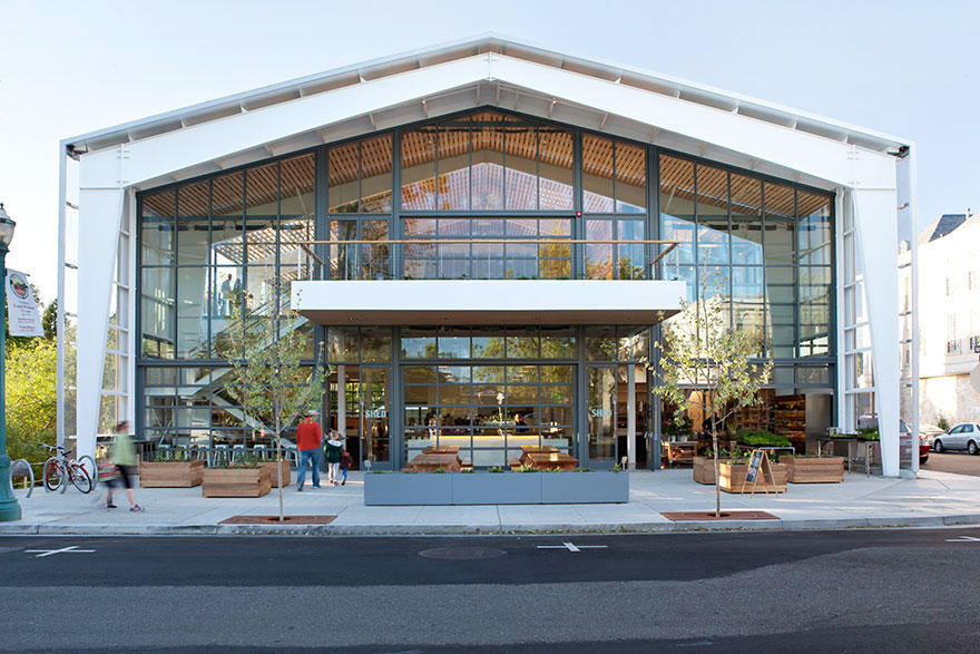 Exterior view of Healdsburg's popular Shed