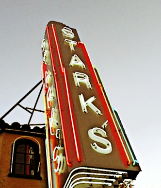 starks-steakhouse-sign