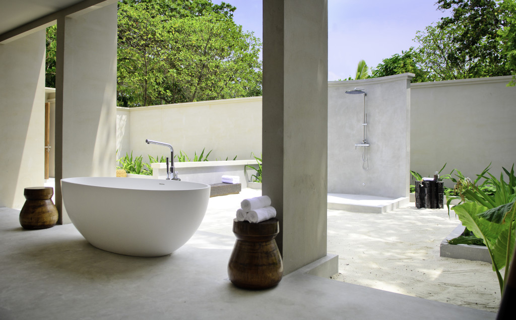 Bathe in Paradise, Amilla Beach House Bathroom