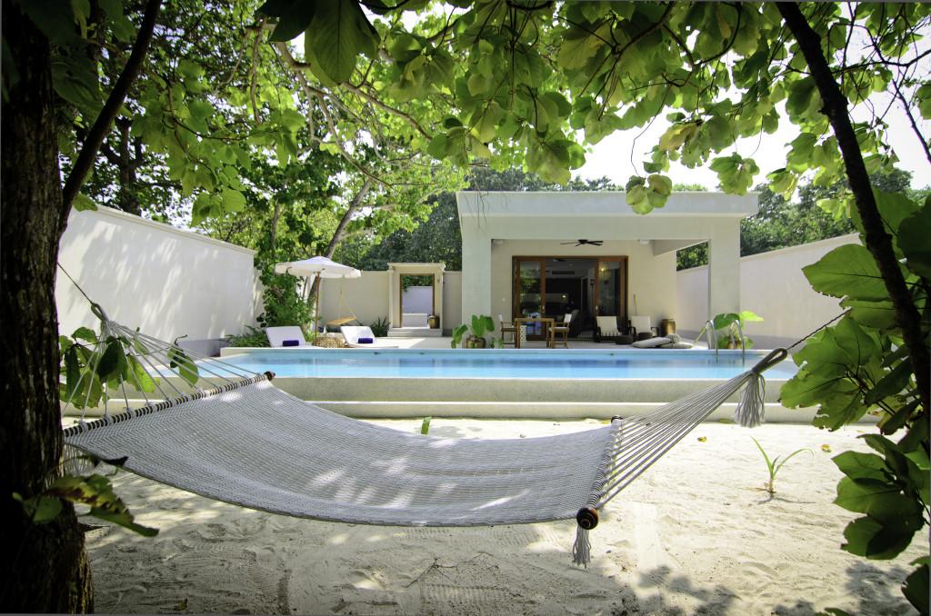 Hammock calling - Amilla Beach House Deck