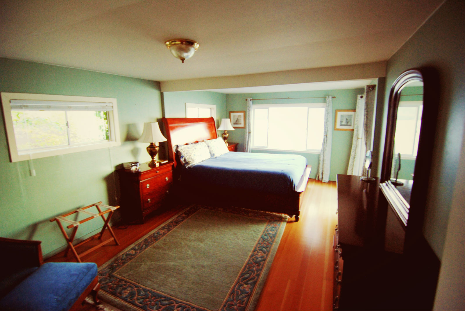 Bedroom, Rosewood Suite, Jenner Inn