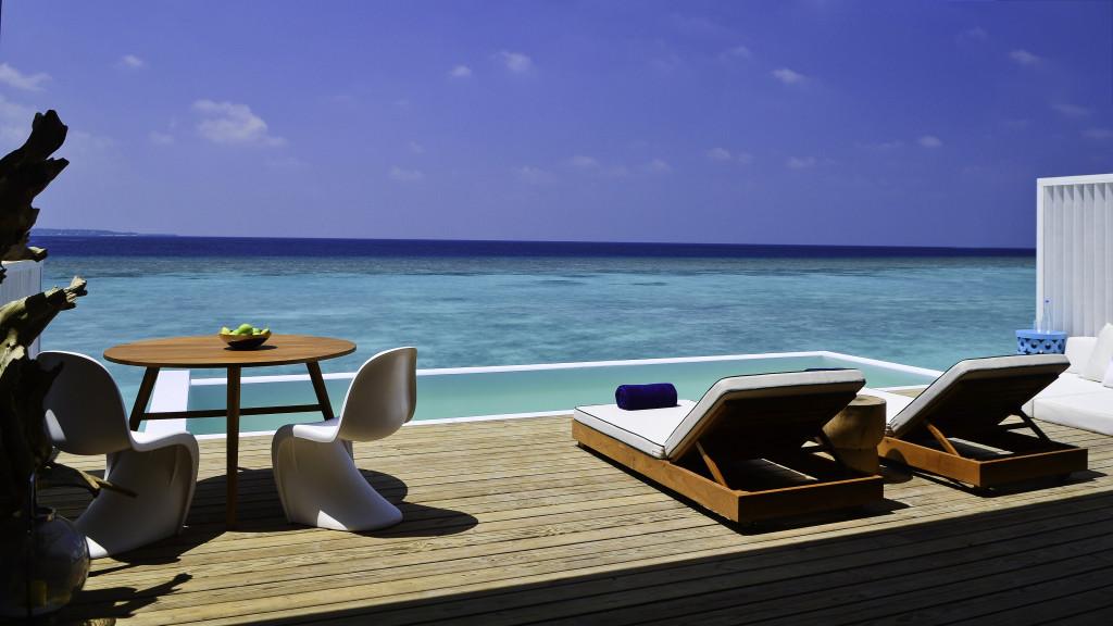 Amilla Lagoon House Deck