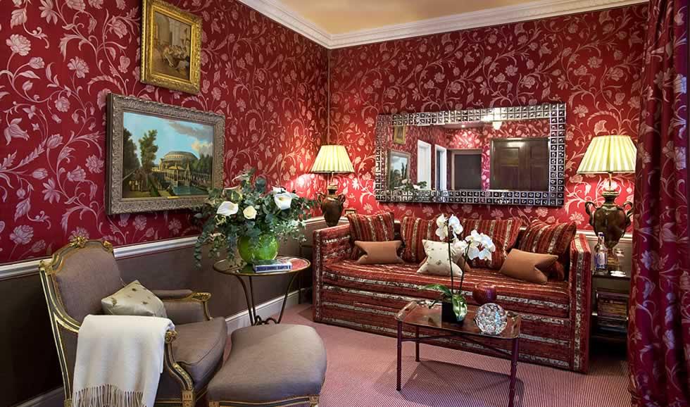 Victoria and Albert Suite, Sitting Room