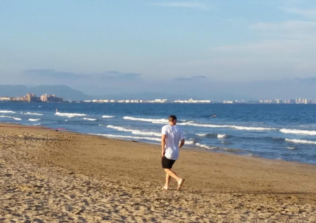 Davey-Beach-Valencia