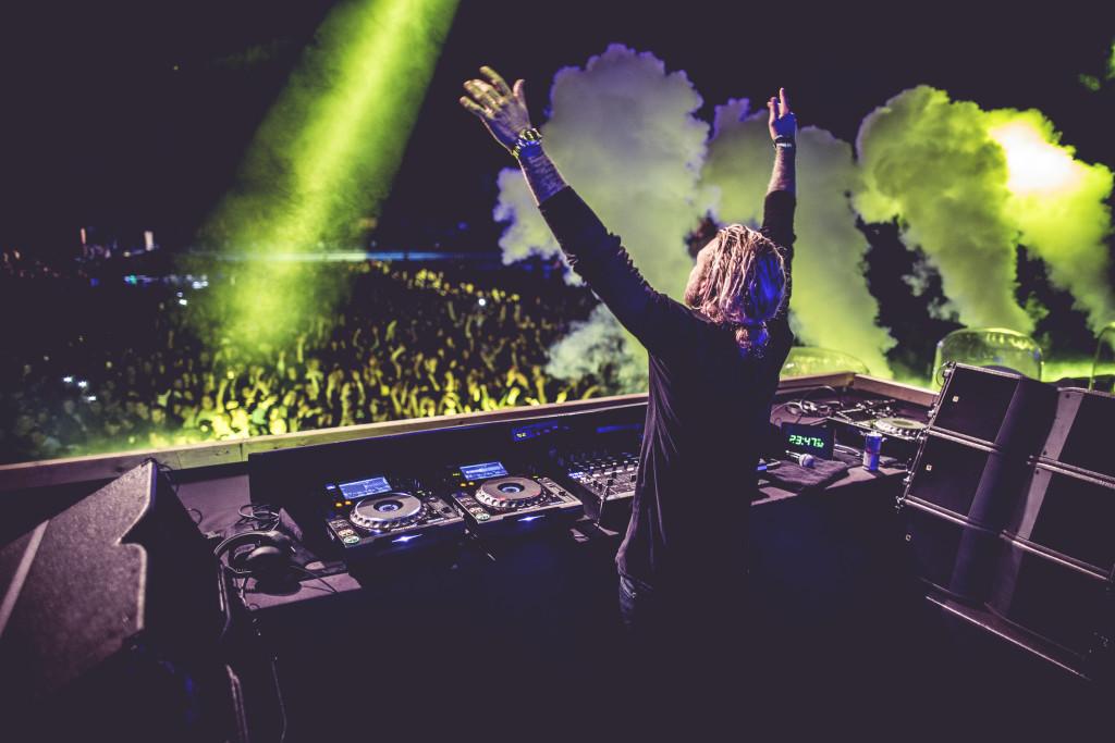 DJ-MORTEN-Hands-up