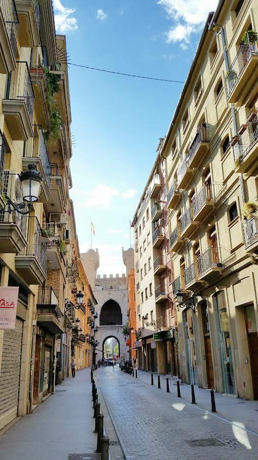 Streets-of-Historic-Valencia