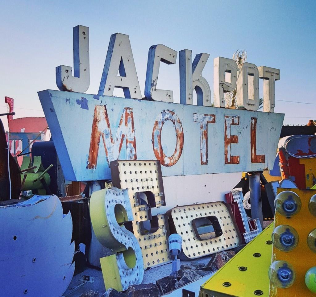 Jackpot-Sign-Neon-Musieum