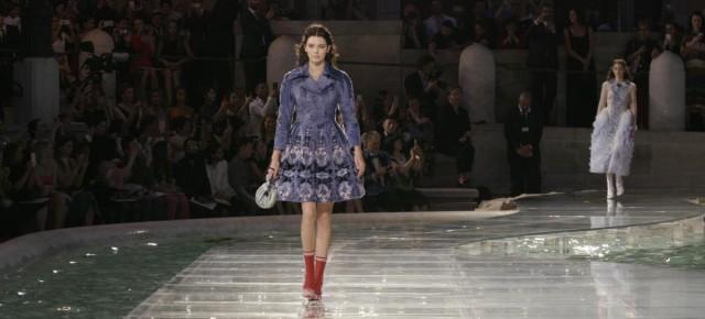 Fendi Celebrates 90th Anniversary in Iconic Fashion