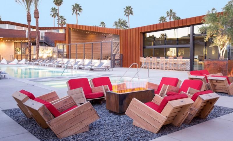 Arrive-Hotel-Palm-Springs