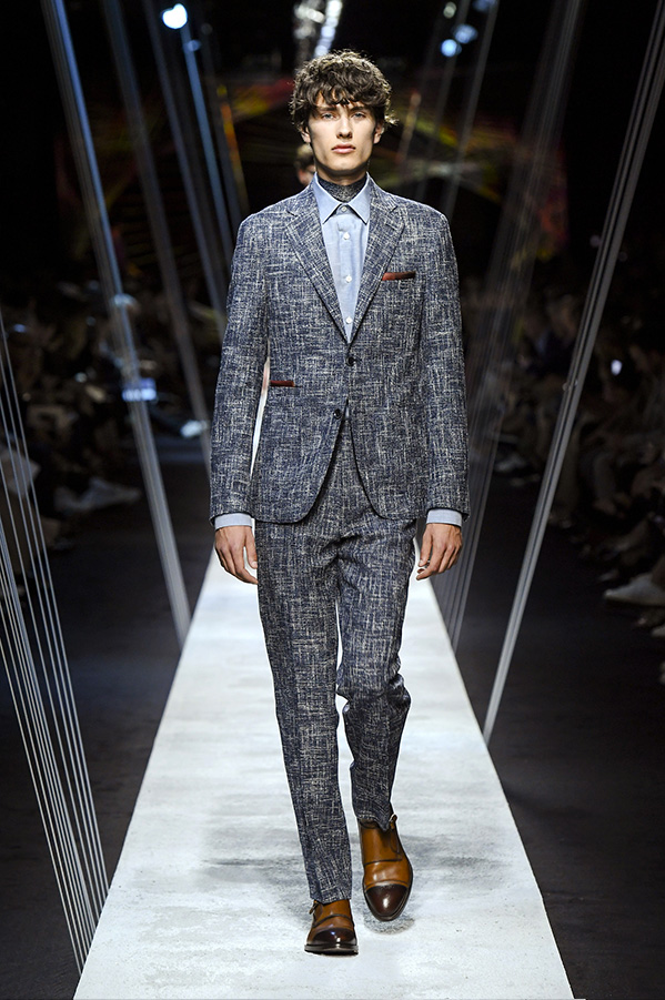 Canalii-grey-suit