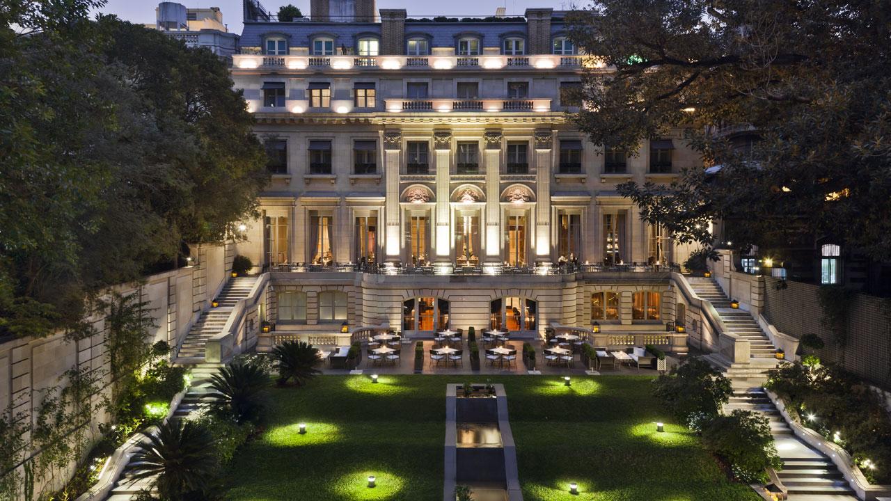 Palacio -Courtyard
